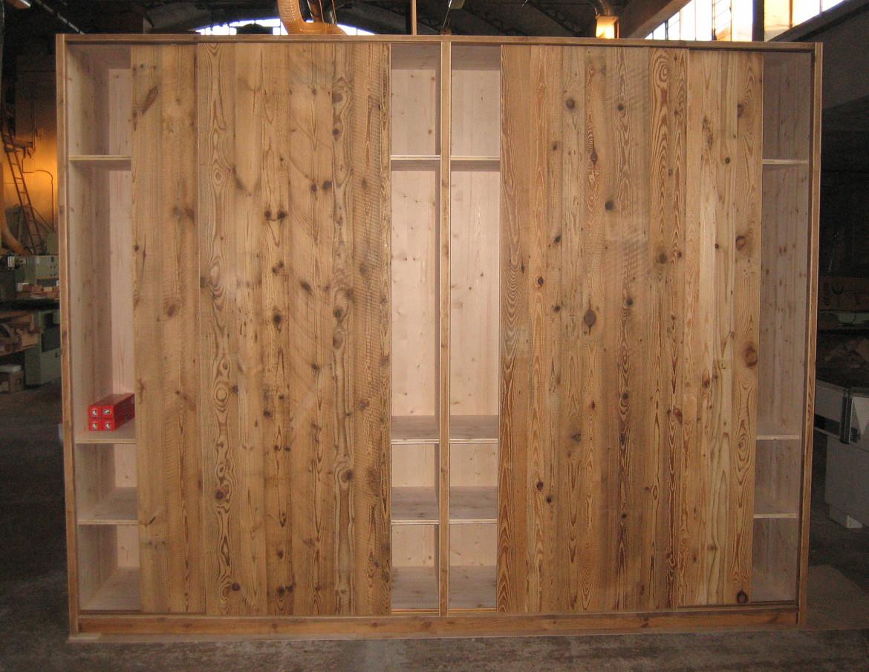 legno vecchio aperto